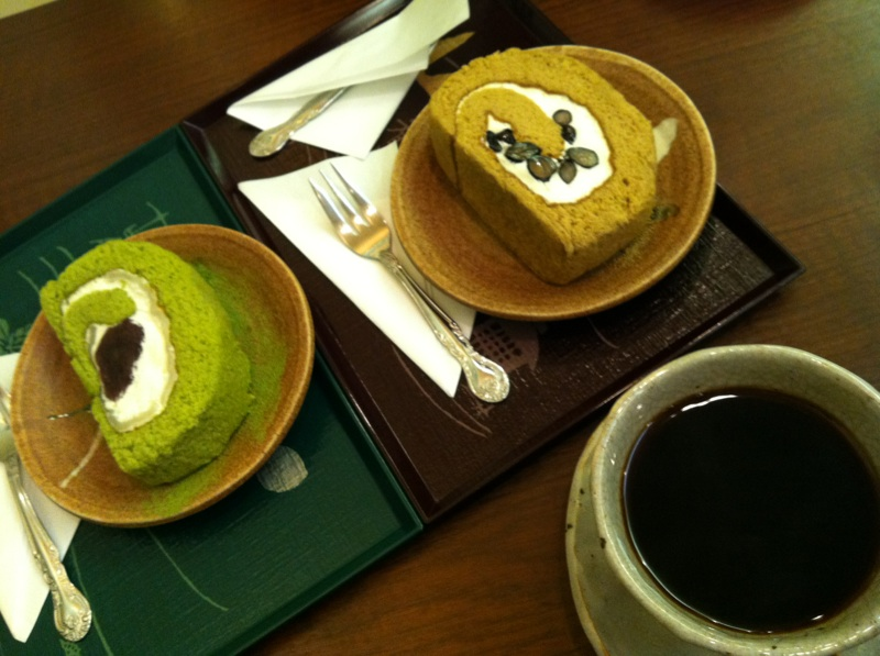 IMG_4023.jpg焙じ茶ロール